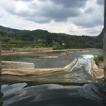 荔波水春河漂流旅游景点攻略图