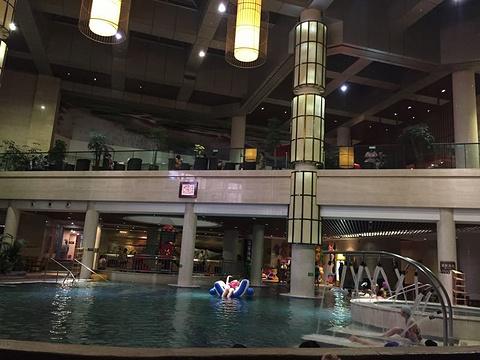 紫澜门温泉度假城