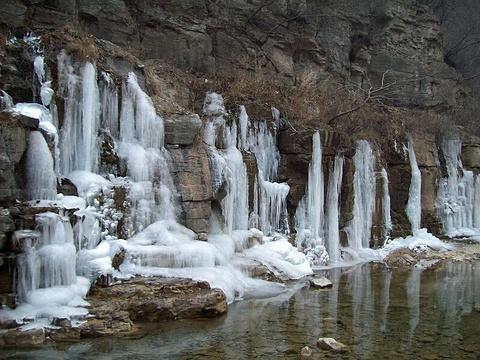 泉瀑峡旅游景点攻略图