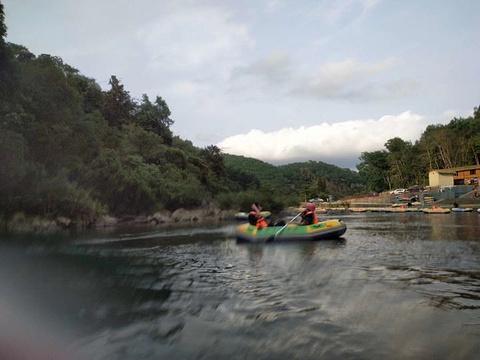 琼中峡漂流