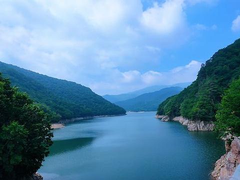关山湖旅游景点图片