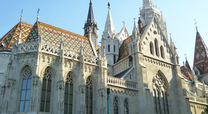"""""""个人认为是整个匈牙利最漂亮最童话最震撼最值得一去的景点。第二层收费,看到的景色差不多,不建议进入_渔人堡""""的评论图片"""