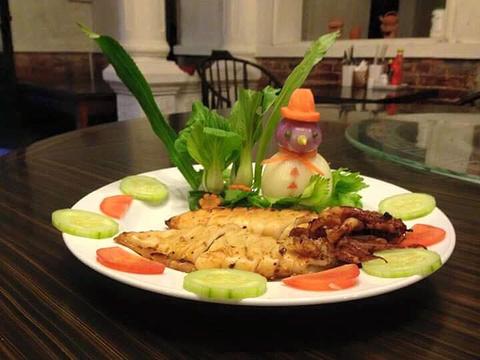 Hue Spring Bar and Restaurant