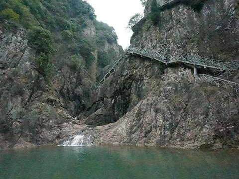 舞龙峡旅游景点图片