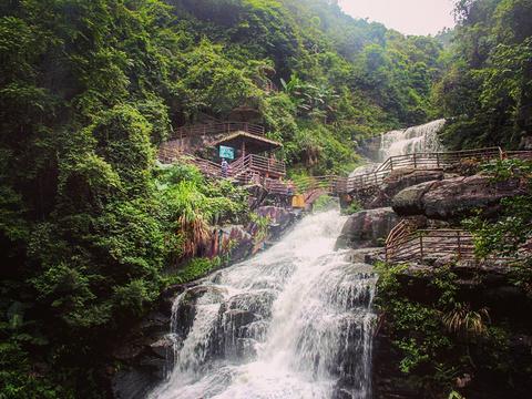斗方崆瀑布旅游景点图片
