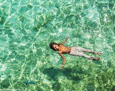 一头扎进,那片碧绿的海洋