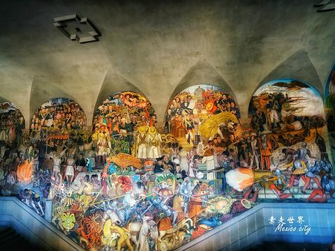 墨西哥城国家宫殿旅游景点图片