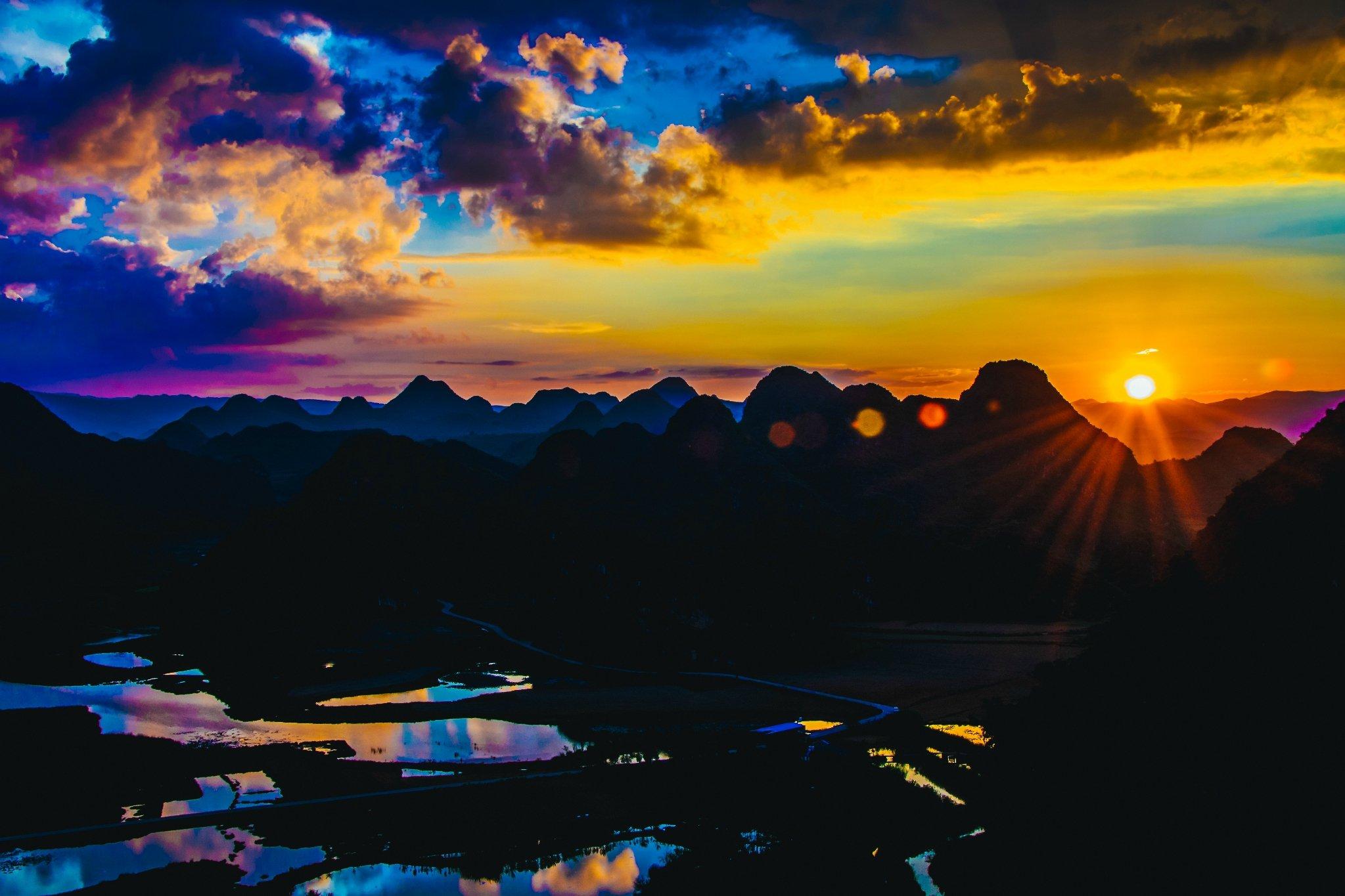 云和山的歌谣:一场桃源秘境中的多彩之梦