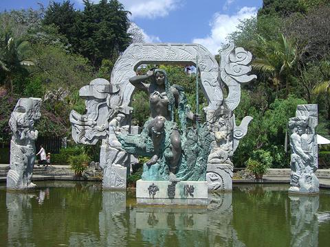 沙壹母群雕的图片