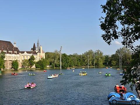 城市公园旅游景点图片