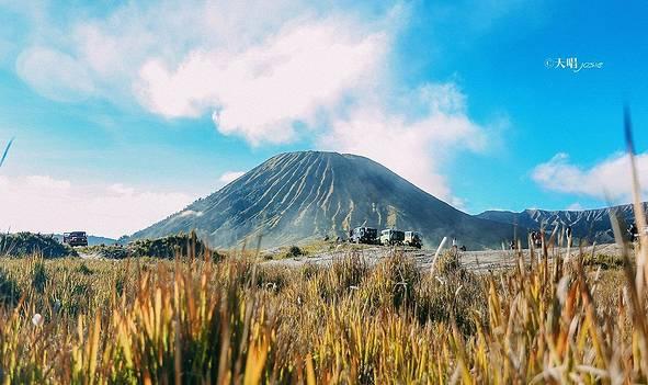 一半地狱一半天堂,印度尼西亚不止有巴厘岛!火山与海洋碰撞的浪漫旅程了解一下?