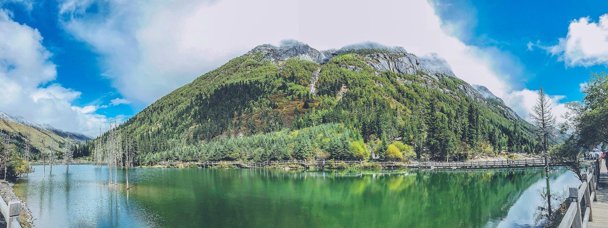 【稻城亚丁】在山的怀里,在湖的眼里。(醉美川西秋日巡礼)