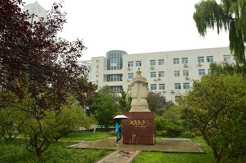 山东大学旅游景点攻略图