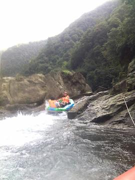 龙王山漂流
