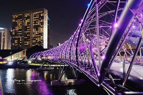 双螺旋桥的图片