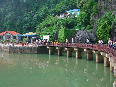 下龙湾旅游景点图片