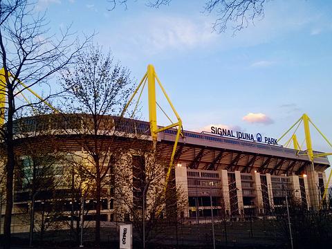 威斯特法伦球场旅游景点图片