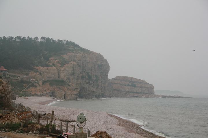 """""""岛上的主要游览内容有九丈崖、月牙湾、仙境源等等,这里就不一一表述了。体验下北方海岛的生活也是不错的_长岛""""的评论图片"""