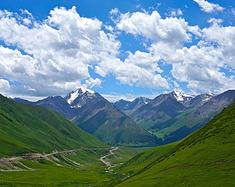 伊犁日记|夏季梦旅人,我们在天山3000km的自由里