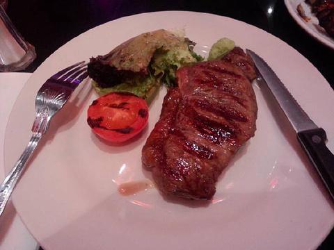 Hy's Steak House旅游景点图片