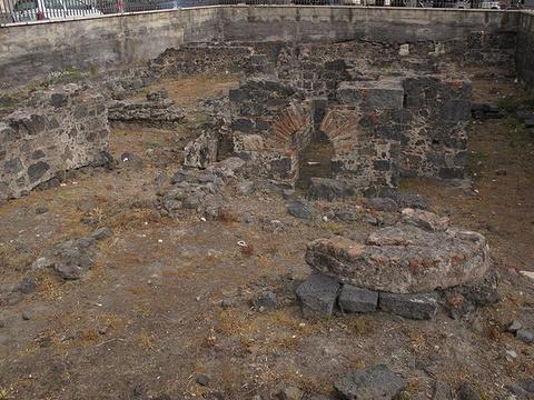 圣尼科洛本笃修道院旅游景点攻略图