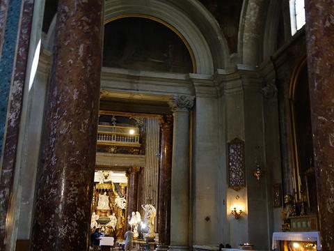 Santa Maria in Via旅游景点图片