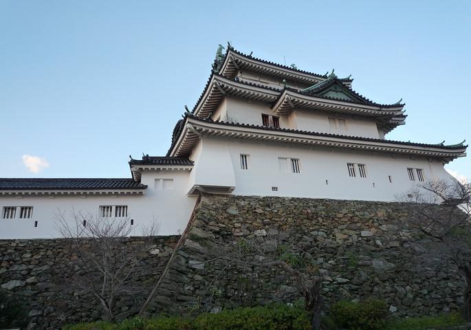 """""""可以在和歌山城西边的丸内庭院欣赏红叶_和歌山城""""的评论图片"""