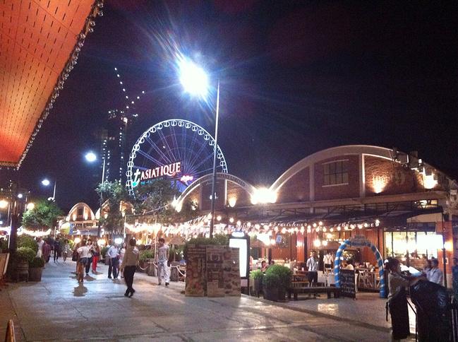 asiatique夜市图片