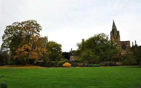 牛津莫顿学院
