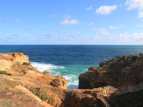 穴岩旅游景点图片