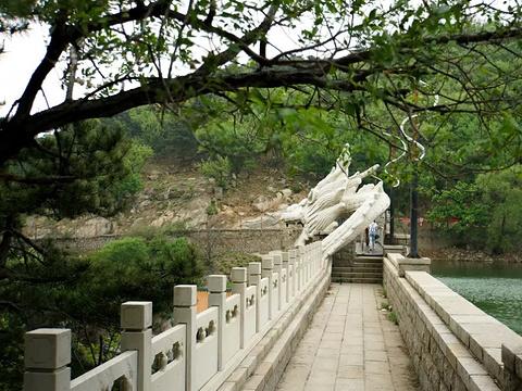 白龙潭皇家森林公园旅游景点图片
