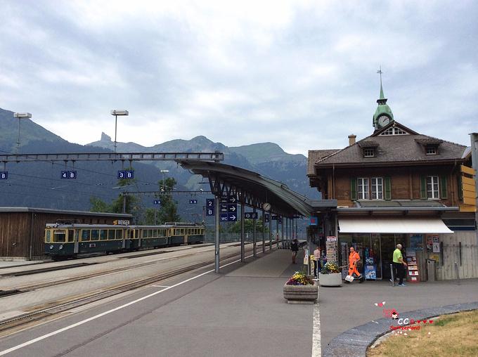 文根車站图片