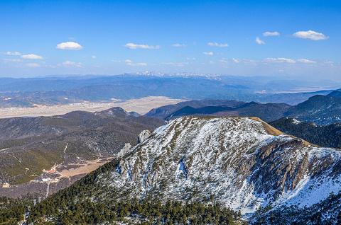 石卡雪山的图片