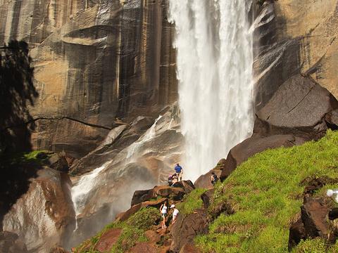 Vernal瀑布旅游景点图片