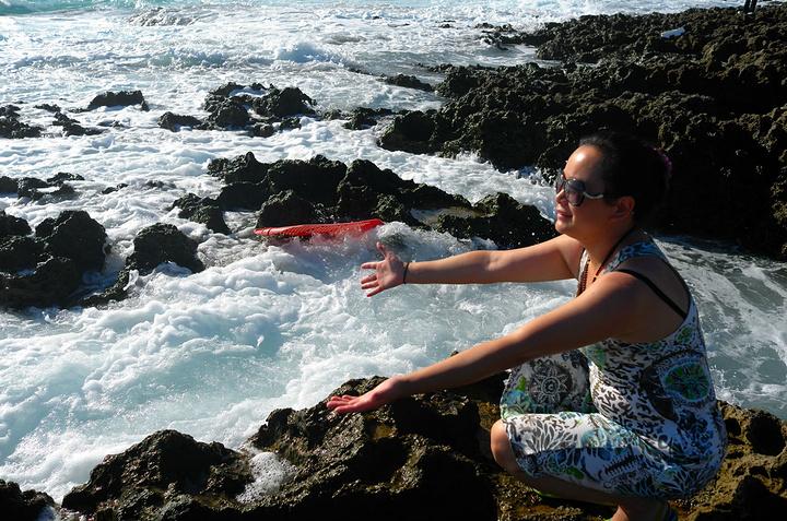 """""""海水汹涌扑上来,在礁石上摔成白泡沫,即使太阳猛,我们还是玩得很起劲_砂岛贝壳砂展示馆""""的评论图片"""