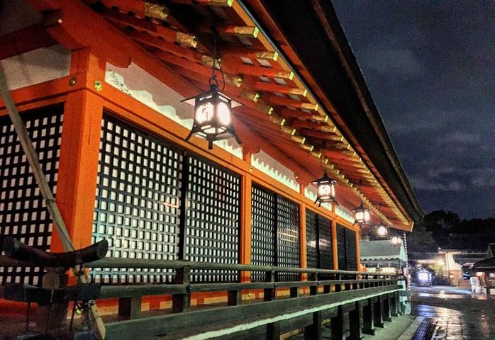 """""""花见小道是京都一条非常有名的街道,也是游览古朴京都不能错过的一条街道,全程大概一千多米,但是南..._花见小路""""的评论图片"""