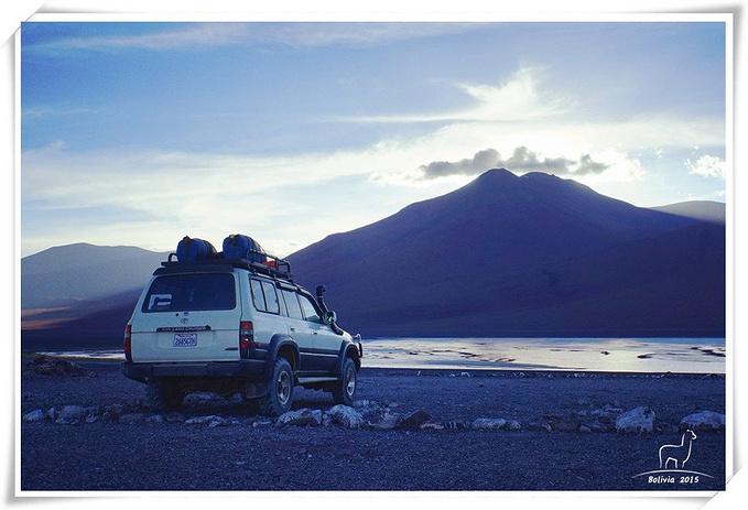 利坎卡布尔火山图片