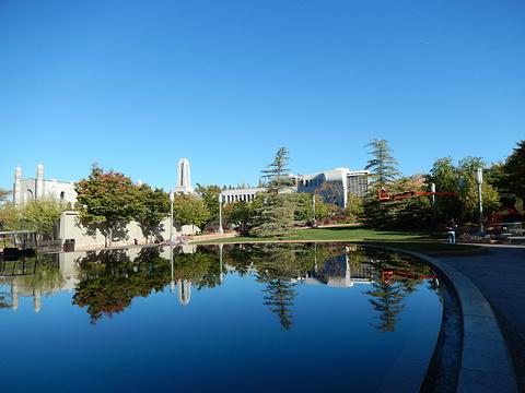 圣殿广场旅游景点图片
