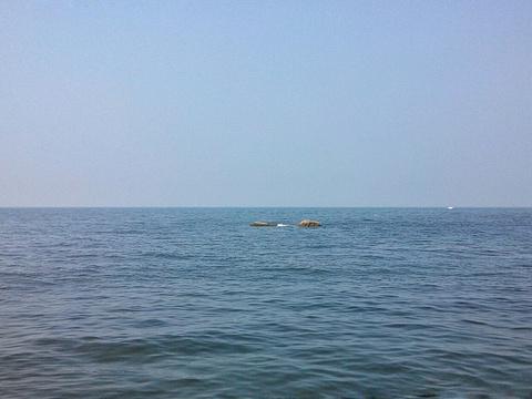 月亮湾旅游景点图片