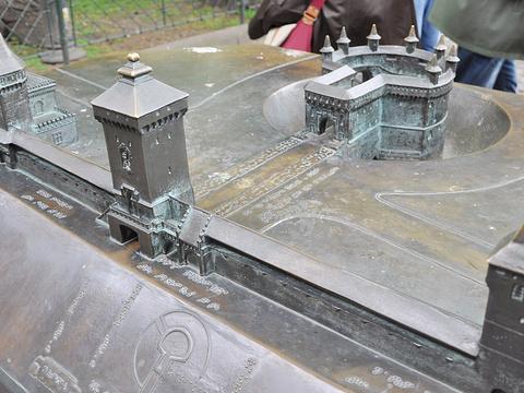弗洛瑞安城门旅游景点图片