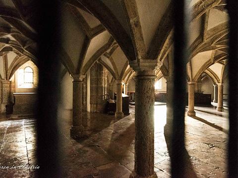 侬山修道院旅游景点图片