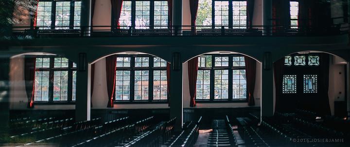 """""""...多可供观赏的老建筑,眼前的这座刻有""""湖南大学""""牌匾的楼阁,红砖清水墙,是许多游人必来打卡的一站_湖南大学""""的评论图片"""