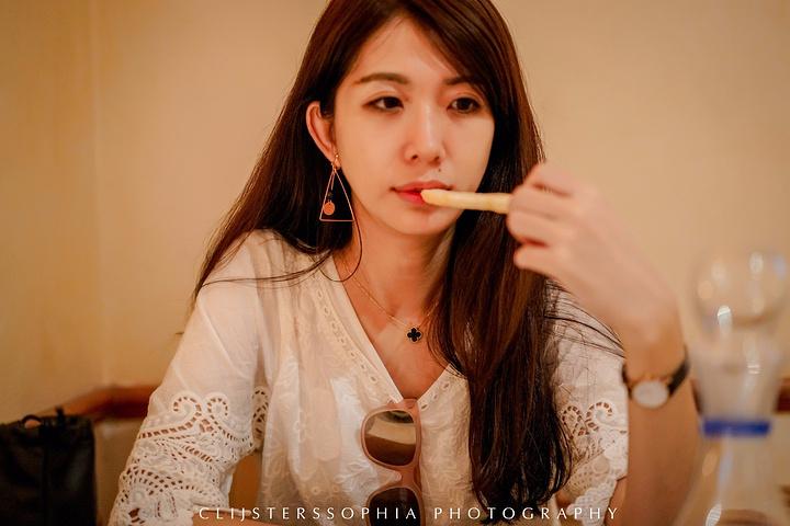 """""""店名是坏女人的意思,挺有趣的,食物不算特别好吃吧,不功不过的感觉。餐厅的环境还不错,比较温馨_Malafemmena""""的评论图片"""