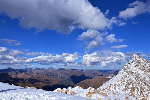 达古冰山地质公园