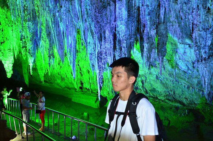 """""""世界洞穴协会主席也曾评价其为""""世界最好的游览洞穴之一"""",是中国地下最美丽的地方_芙蓉洞""""的评论图片"""