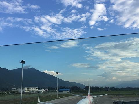 丽江三义国际机场旅游景点图片