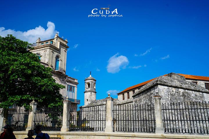 """""""四、拉富埃尔萨城堡拉富埃尔斯城堡的塔楼..._Castillo de la Real Fuerza""""的评论图片"""