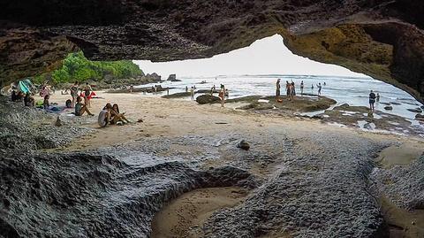 苏鲁班海滩