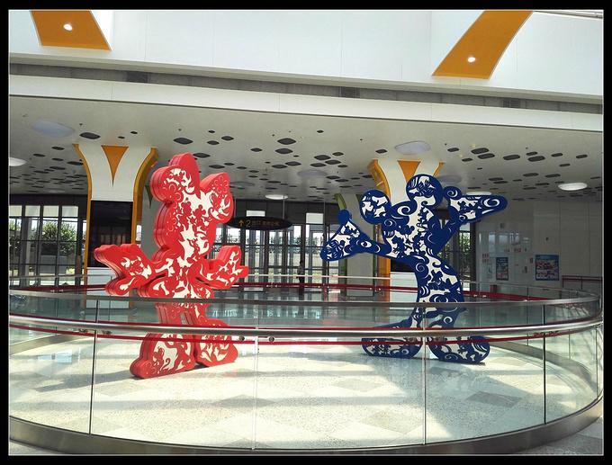 迪士尼地铁站图片