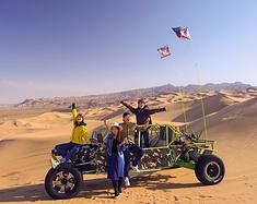 堪比迪拜滑雪,这个国内城市可以骑到沙漠看海!